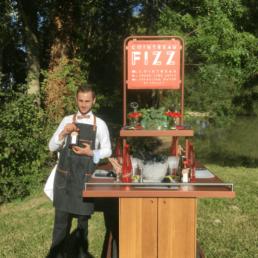 Atelier cocktail Cointreau Fizz par nos mixologues